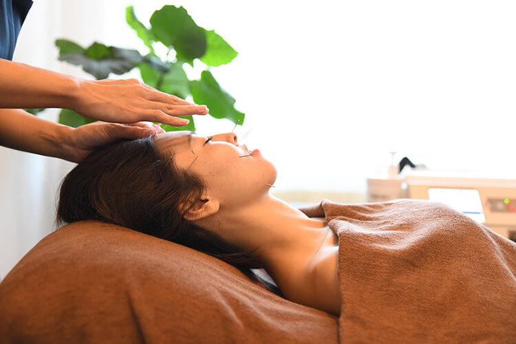 肌ストレス軽減に配慮した優しい美容鍼灸