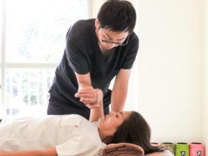 浜松たいかん鍼灸治療院 施術